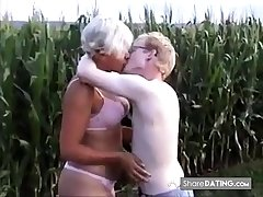 Amateur - Corroded Nipple Mature Young Plank Outdoor Fuck