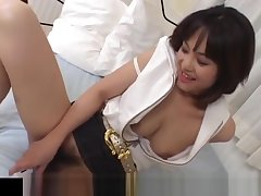 Mako Takeda spreads legs for hunk to rub the brush hairy twat