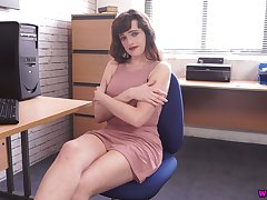 Juggy secretary Kate Anne shows off their way captivating boobies and nasty pussy