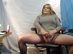Sharon`s Long night of Bed Pt 4 Let It Maximally