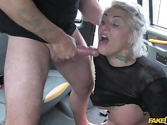 Tallulah Tease knew she is going more get fucked off out of one's mind the taxi driver