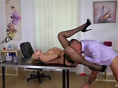 Inked blonde deity Kayla Green fucked hard wide the office