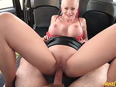 MILF with smashing nude curves, first time fucking all over a taxi
