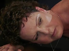 Cougar lesbian fucked wide of ebony lezdom