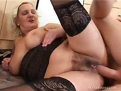 Mature Karla Gets Nailed Nice And Hard besmirched cock