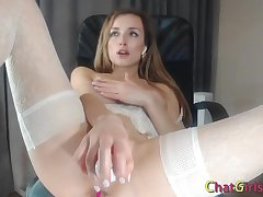 Big boobs comme ci slutty wife hardcore dildoing her creamy pussy