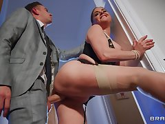 Piece of baggage with barmy curves, special XXX cam porn