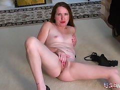USAwives Mature ID and Toying Compilation