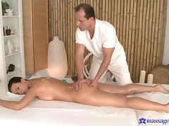 Soft massage for the naughty woman is in to enactment really spicy