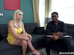 Blonde MILF fucks with her black psychiatrist in crazy XXX couch action