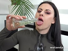 Billie Star on every side Pissing on every side Glass at one's disposal PuffyNetwork
