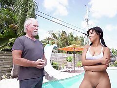 Fine Latina amazes this senior man with her porn qualities