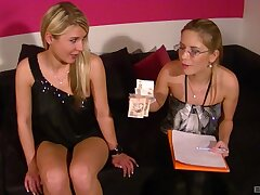 Leony Dark takes a dick in her frowardness while her join up watches